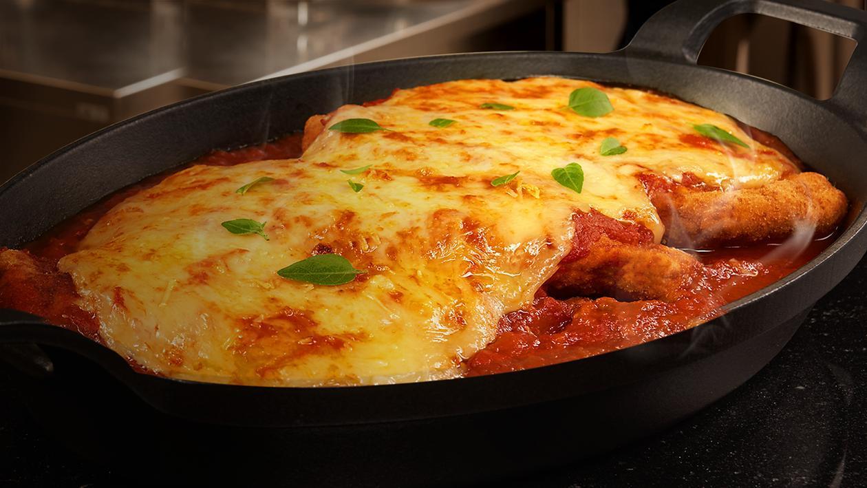 Frango à Parmegiana com Chips de Batata-Doce | Unilever Food Solutions
