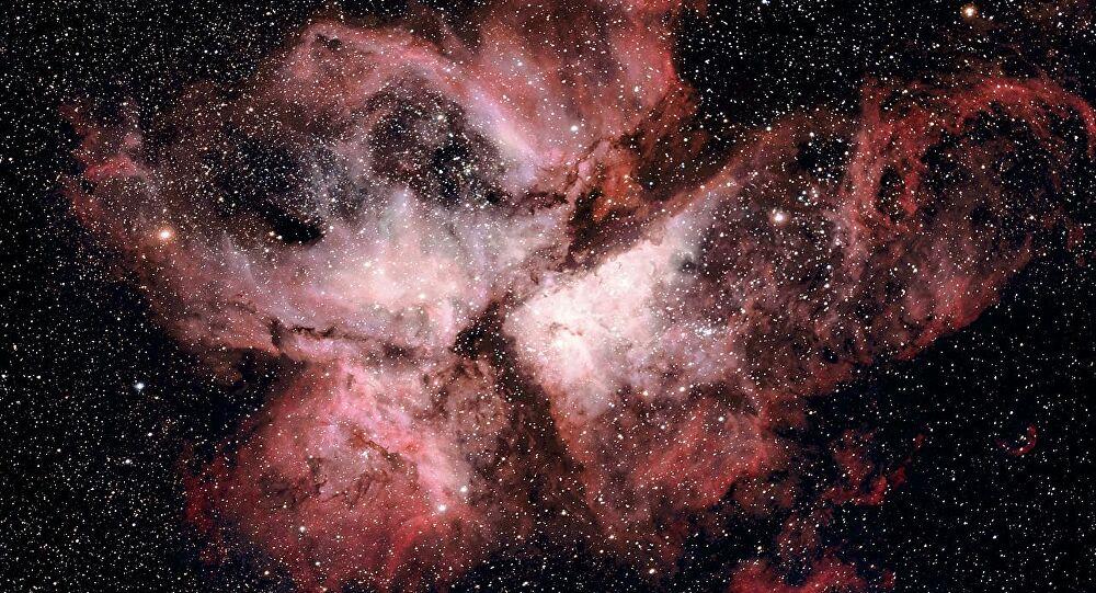 Por que os cientistas estão atirando com lasers nesta nebulosa