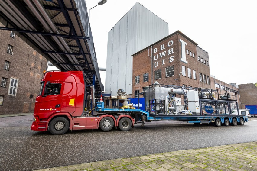 The iron fuel combustion system is delivered to the brewery on a truck