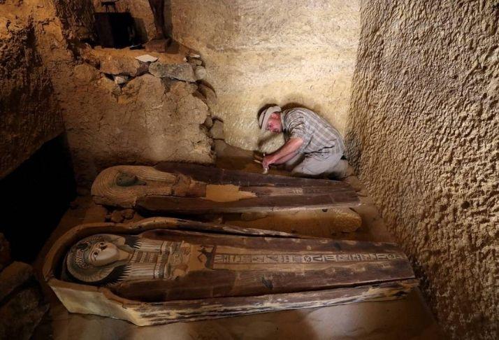 Como os arqueólogos sabem onde escavar: Arqueologista explica métodos e ferramentas