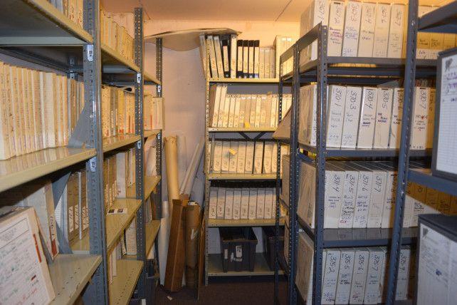 Dê uma olhada dentro do cofre do banco subterrâneo de Prince, cheio de músicas inéditas